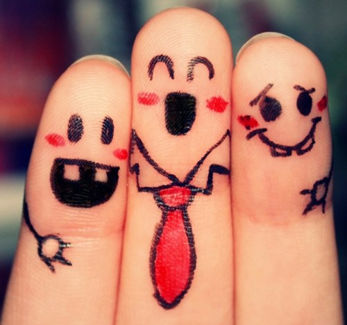Degetele jucăuşe
