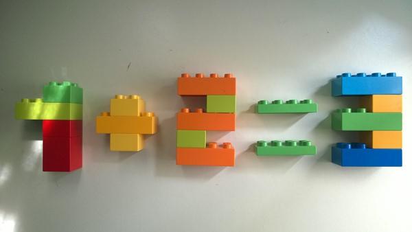exerciții matematice folosind piese LEGO DUPLO - Adunarea