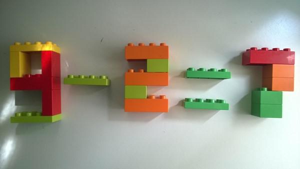 exerciții matematice folosind piese LEGO DUPLO -  Scăderea